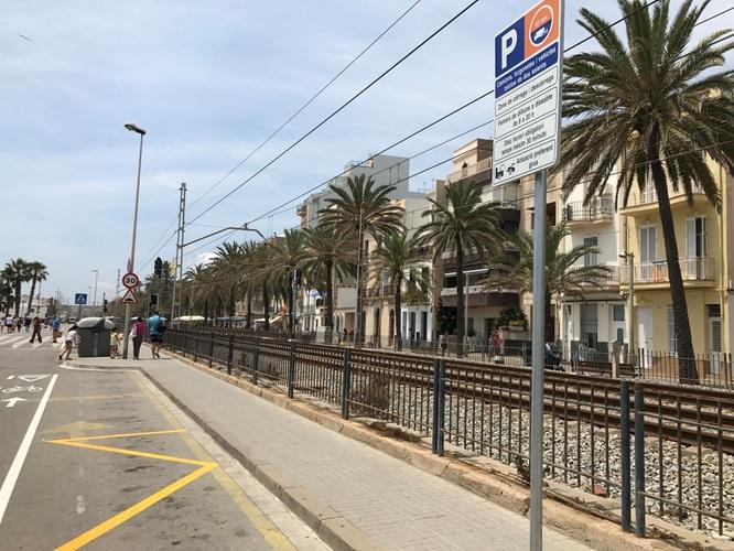 Comencen les obres de senyalització horitzontal per permetre l'aparcament nocturn al tram del passeig Marítim entre la Donzella de la Costa i el Torrent de Vallmajor