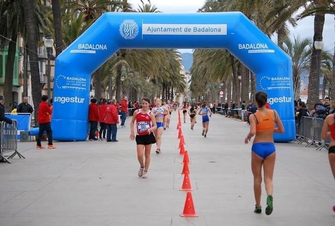 El tradicional circuit de la Rambla acull aquest diumenge la 28a Marxa Atlètica Ciutat de Badalona