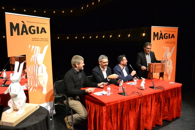 La 19a edició del Festival Internacional de Màgia de Badalona destaca amb propostes creatives i arriscades