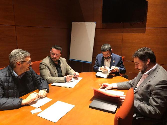 L'alcalde de Badalona es reuneix amb el conseller de Treball, Afers Socials i Famílies de la Generalitat de Catalunya
