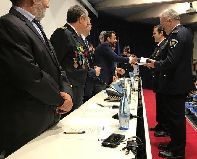 La 18a edició del Dia de la Guàrdia de Badalona reconeix la feina d'agents, institucions i ciutadans