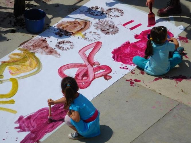 Diumenge el parc de Can Solei i de Ca l'Arnús de Badalona acull la sisena edició de la Festa del Dibuix