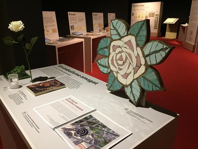 Demà dijous el Museu de Badalona inaugura l'exposició El Modernisme i les flors. De la natura a l'arquitectura