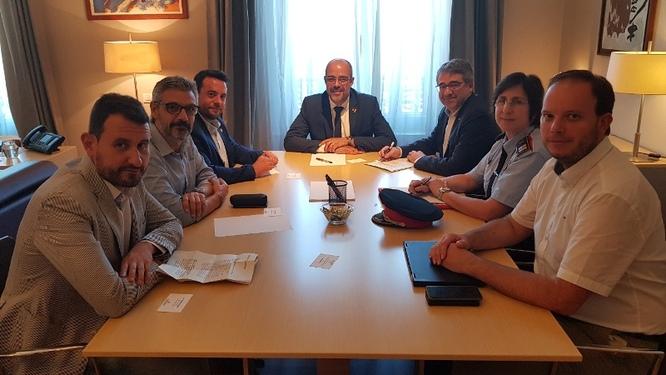 L'alcalde trasllada al Conseller d'Interior la necessitat d'incrementar el nombre de Mossos d'Esquadra per millorar la seguretat a Badalona