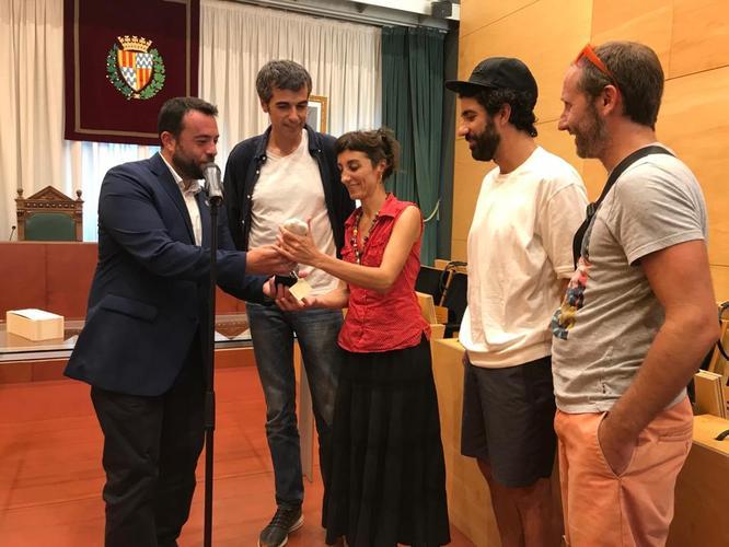 La companyia teatral Xirriquiteula Teatre rep el reconeixement de l'Ajuntament de Badalona
