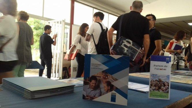 """Badalona torna a impulsar la prevenció del consum d'alcohol amb el programa educatiu """"Menors ni una gota"""""""