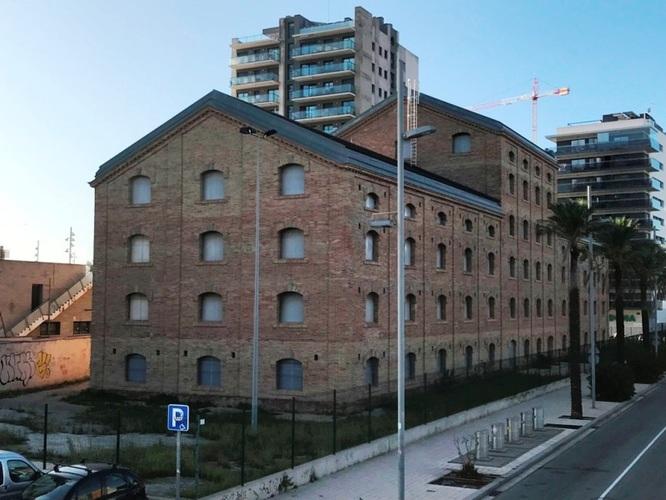 """L'edifici de la CACI de Badalona obre les portes del 16 al 28 de novembre amb motiu de l'exposició itinerant """"Metròpolis de ciutats: repensar l'urbanisme metropolità"""""""