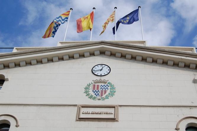 Ban municipal de l'alcalde de Badalona, Álex Pastor, amb les noves mesures de prevenció adoptades per contribuir a la contenció del coronavirus