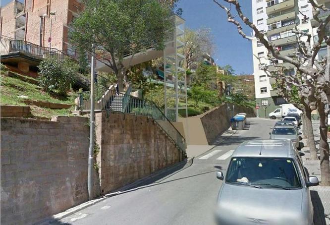 Avui es reprenen les obres de construcció de l'ascensor del carrer d'Hipòlit Lázaro del barri de la Salut