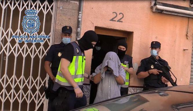 L'alcalde felicita la Policia Nacional per la desarticulació a Badalona d'una cèl·lula de captació de grups gihadistes