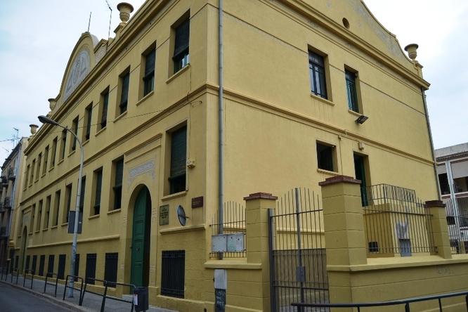 El govern es reunirà el proper dimarts amb la Generalitat per desencallar els convenis de construcció de les escoles Ventós Mir, Badalona Port i l'institut Ventura Gassol