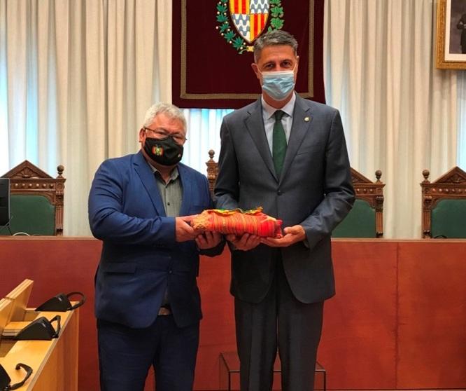 L'alcalde de Badalona es reuneix amb el cònsol general de Bolívia a Barcelona