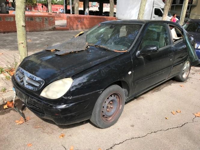 El servei de retirada de vehicles abandonats de la via pública ha tret en un mes 80 cotxes dels carrers de Badalona