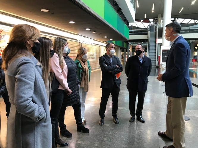 L'alcalde de Badalona demanarà a la Generalitat que els centres comercials que compleixin les condicions sanitàries necessàries puguin obrir durant la primera fase del pla d'obertura progressiva