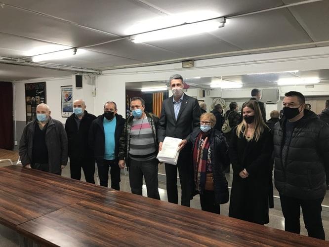 L'Ajuntament de Badalona recull les reclamacions dels veïns de la ciutat afectats pels talls en el subministrament elèctric per entregar-les a Endesa