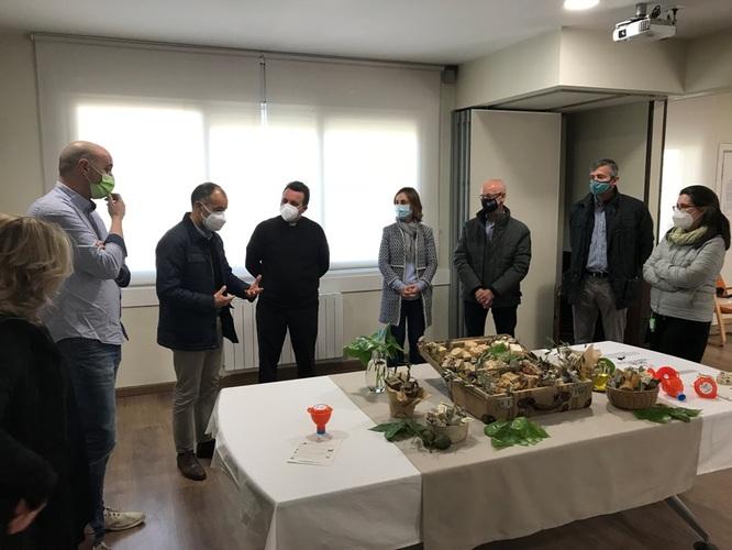 L'Ajuntament de Badalona i el grup de restauradors Forquilla Badalona posen en marxa la campanya 'D'oli a la pica, ni mica!'