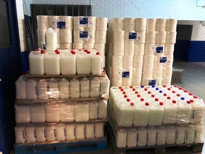 L'Ajuntament de Badalona ha distribuït material higiènic a 67 centres d'ensenyament de la ciutat