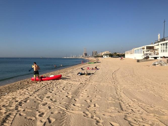 L'alcalde de Badalona demana per carta a la presidenta de l'Àrea Metropolitana de Barcelona una reunió per coordinar estratègies davant les possibles aglomeracions nocturnes a les platges a partir del 9 de maig