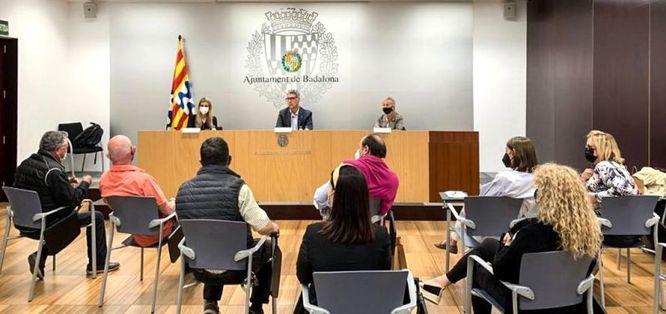 L'alcalde de Badalona es reuneix amb les associacions de comerciants de la ciutat per treballar conjuntament en la recuperació del sector
