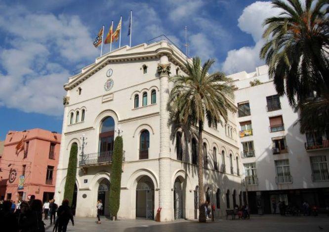 L'alcaldessa accidental de Badalona renova el ban municipal a causa de les mesures de prevenció adoptades per contribuir a la contenció de la Covid-19