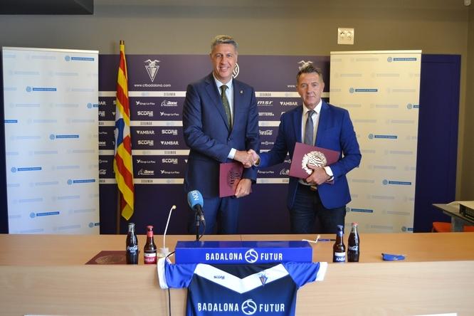 L'Ajuntament i el CF Badalona renoven el seu contracte de patrocini per a dos anys més millorant les condicions de l'acord i l'import econòmic anual, que ascendeix a 302.487 euros