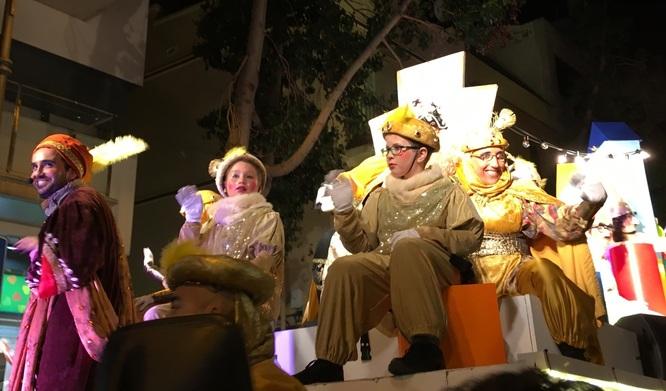 Divendres 26 d'octubre s'obre el termini de presentació de sol·licituds per als infants que vulguin participar en la Cavalcada de Reis anant a dalt de les carrosses