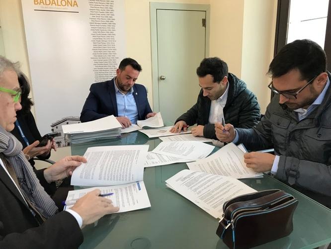 Badalona inverteix 134.000 euros en nou mobiliari urbà i elements de senyalització