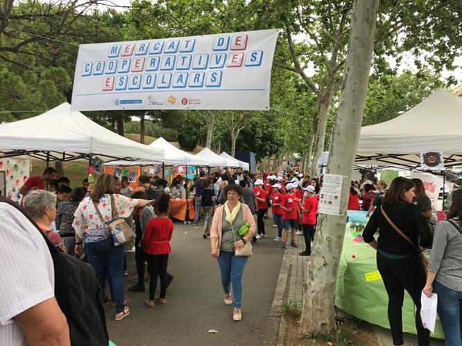 """Aquest divendres els encants de Montigalà acull el mercat de les cooperatives escolars del projecte """"Cultura emprenedora a l'escola"""""""