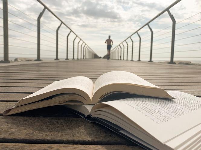La Xarxa Municipal de Biblioteques de Badalona posa en marxa el nou programa dels clubs de lectura i activitats literàries 2019-2020