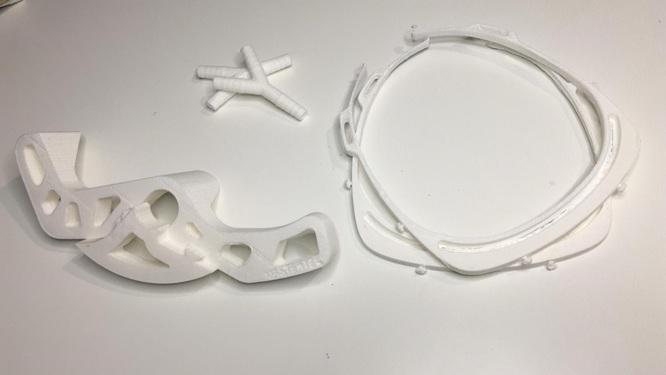 Usuaris d'impressores 3D ofereixen els seus serveis a Badalona per fabricar elements necessaris en la lluita contra l'expansió del coronavirus