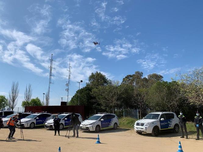 La Guàrdia Urbana posa en servei un dron policial per detectar possibles infraccions del confinament