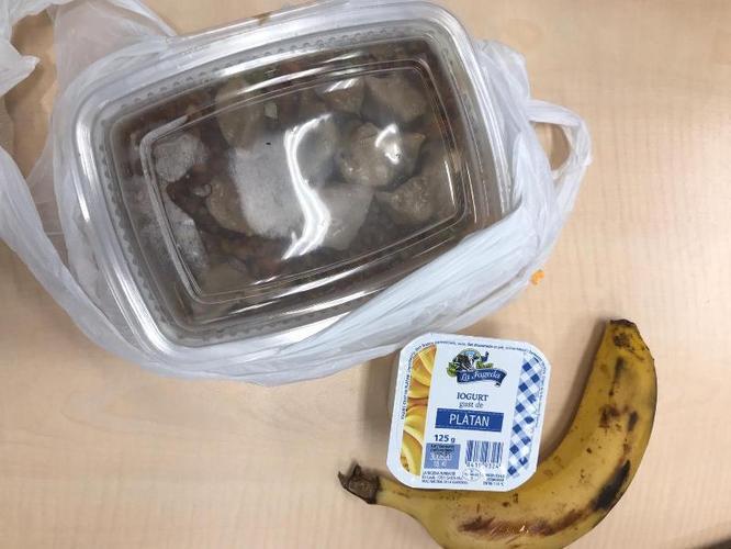 L'Equip de Detecció i Atenció a Persones Sense Llar de Badalona i el Banc d'Aliments inicien el repartiment de 120 àpats diaris