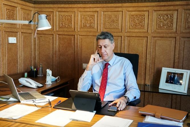 L'alcalde de Badalona es reuneix amb el conseller d'Educació per començar a preparar el pròxim curs escolar en el context d'emergència sanitària actual