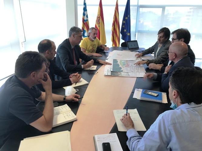 L'alcalde de Badalona, Xavier Garcia Albiol, es reuneix amb el Departament de Territori i Sostenibilitat per accelerar el desenvolupament del Pla urbanístic de les Tres Xemeneies