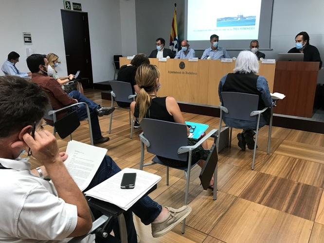 El Departament de Territori de la Generalitat informa els grups municipals de Badalona de l'estat del Pla de Desenvolupament Urbanístic de les Tres Xemeneies