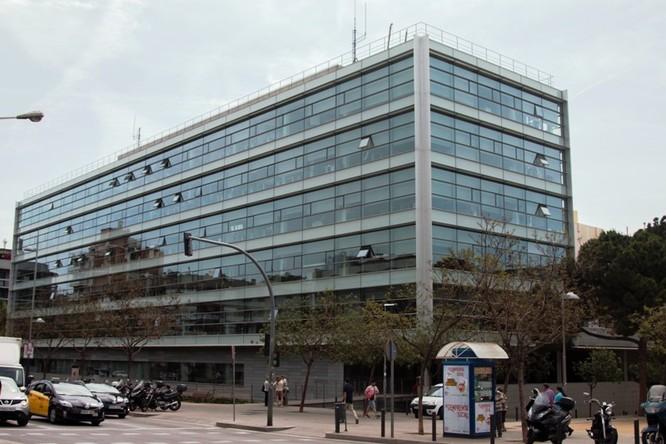 Avui entra en servei el nou Punt d'Assessorament a Empresa i Ocupació a la planta baixa de l'edifici municipal el Viver de Badalona