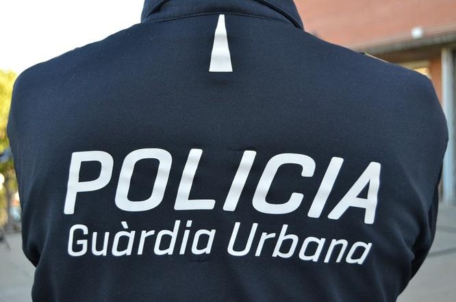 Els agents de la Unitat de Policia de Barri de Badalona detenen en el seu primer dia de servei un home que va agredir a la seva dona