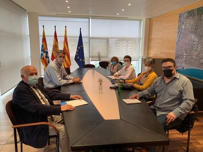 L'Ajuntament de Badalona acorda amb Deixem de Ser Invisibles que l'entitat participi en tots els projectes d'urbanització de carrers i places i de les actuacions en equipaments públics de la ciutat