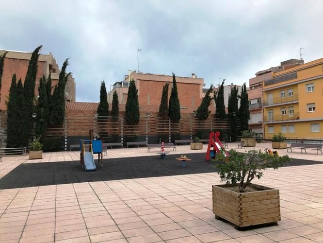 El Museu de Badalona inaugura aquest diumenge la renovació de les fotografies de la plaça de Josep Cortinas