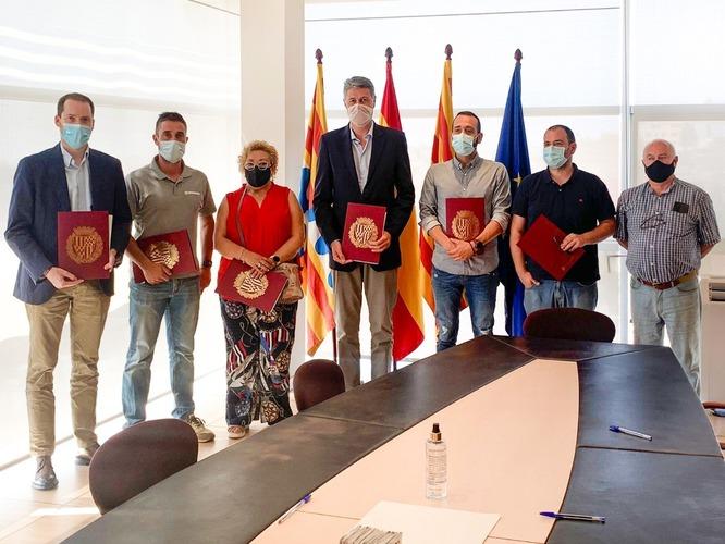 Govern municipal i sindicats signen un acord sense precedents per a la millora de les condicions laborals i econòmiques de la plantilla municipal de Badalona