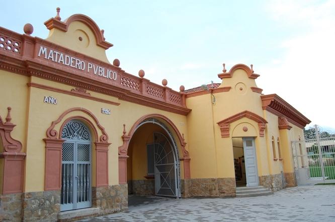El Centre de Recursos i Assessorament de les Dones de Badalona (CRAD) reobre les seves portes demà dimecres, 1 de setembre
